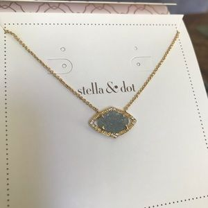 Stella & Dot Charlotte necklace
